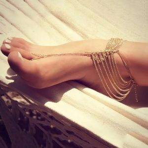 ⚜️[𝟯/$𝟯𝟴]⚜️8 Layered Gold Delicate Anklet NEW